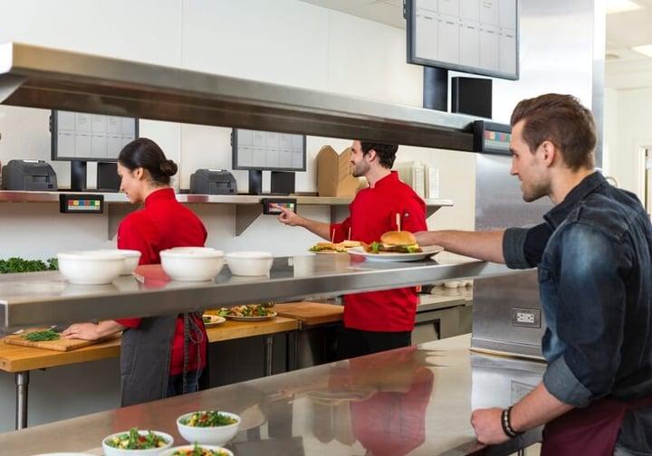 Digital Signage for Restaurant Labeling