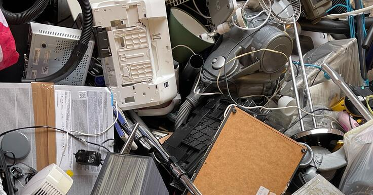 Residential Recovery: E-Waste Recycling for Remote Workers